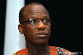 "Amadou Lamine Sall : ""Le stade Senghor doit porter le nom de Mawade Wade"""