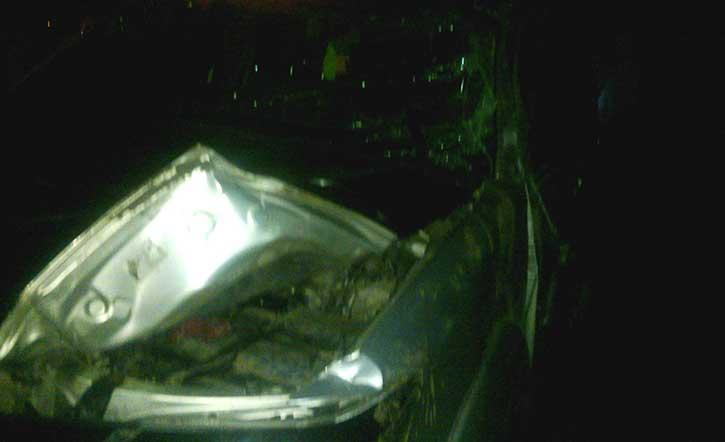 Photo amateur de véhicule après l'accident. Par Thierno Dicko