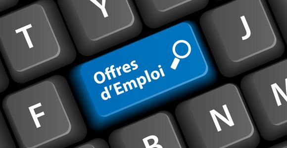 Offre d'emploi: Vendeuse de boutique prêt à porter enfant/chaussures/ parfumerie à Darou