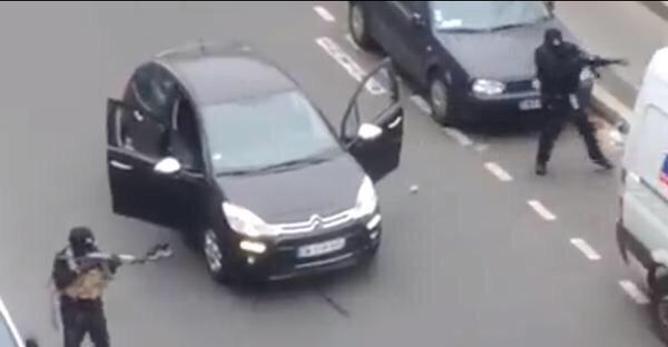 """""""Allahou Akbar, on a vengé le Prophète!"""", se sont écrié les assaillants du siège de Charlie Hebdo"""