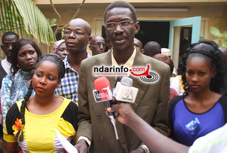 SECRÉTARIAT NATIONAL DU PDS : favorable à l'élection de Karim WADE, le CLNM va lancer une pétition (Vidéo).