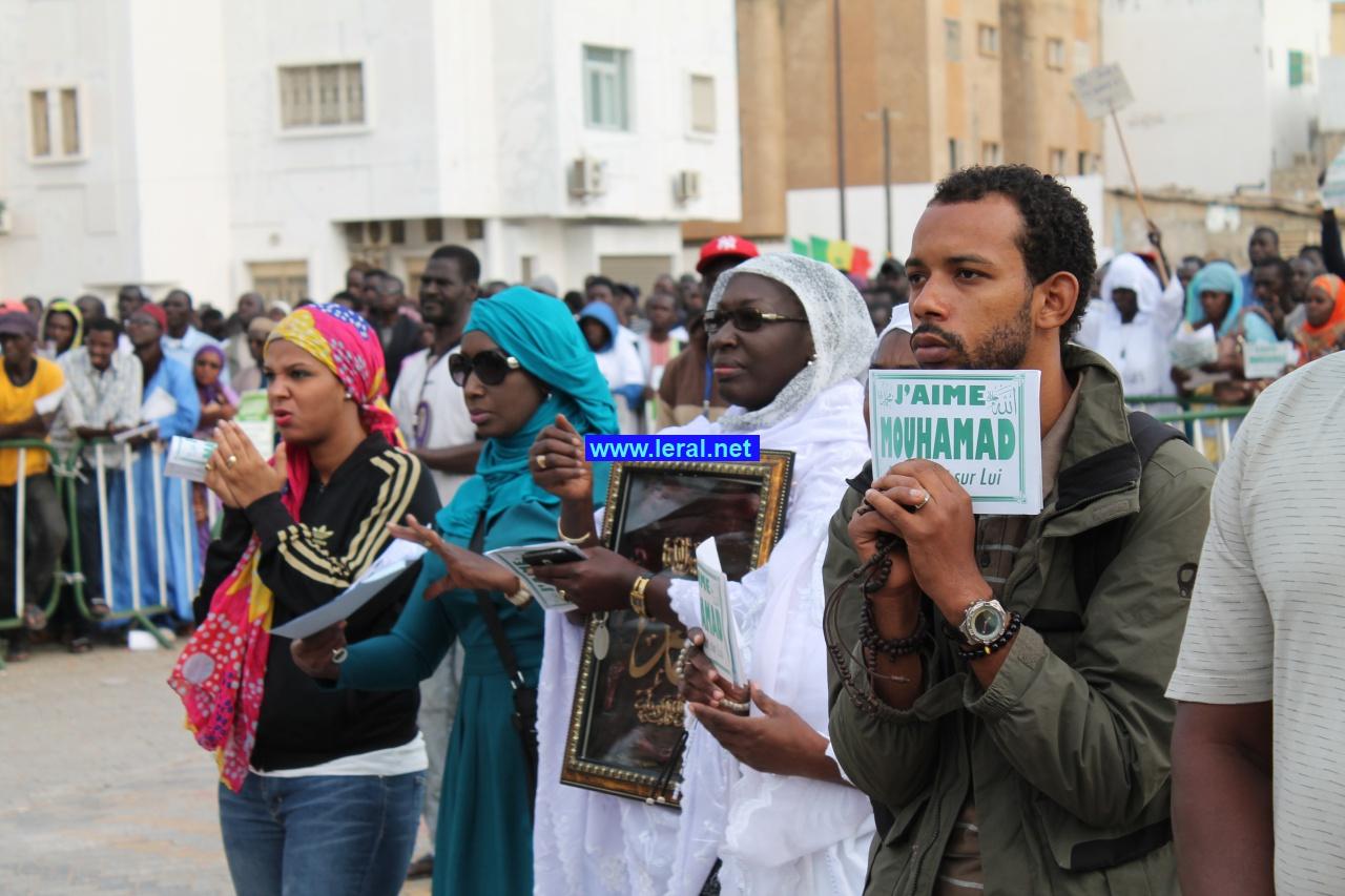 Photos-Des milliers de musulmans rassemblés à Dakar pour dénoncer les caricatures de Carlie Hebdo