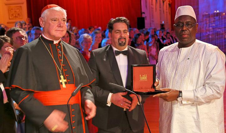 ALLEMAGNE: Macky SALL reçoit le Prix pour la Paix et le dialogue entre les Peuples