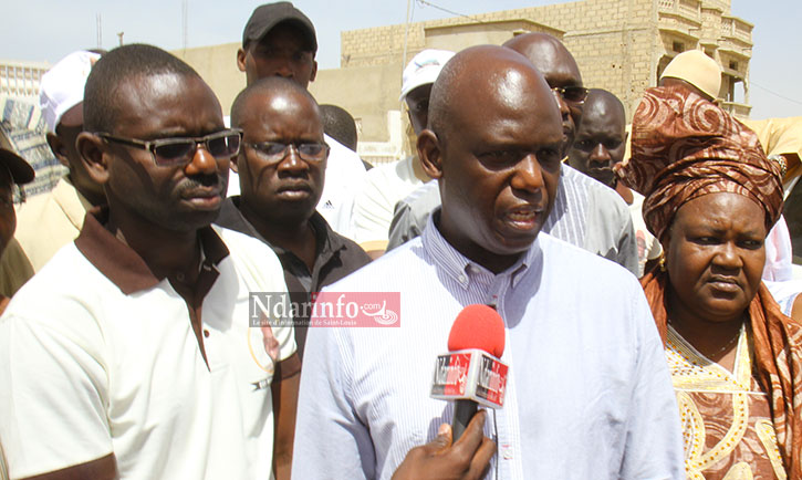Mansour FAYE en entretien avec la presse, dimanche matin, sur la digue Ousmane Masseck NDIAYE