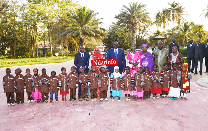 LEVÉE DES COULEURS AU PALAIS:  Macky SALL appelle à la paix définitive en Casamance à l'endroit du Mfdc.