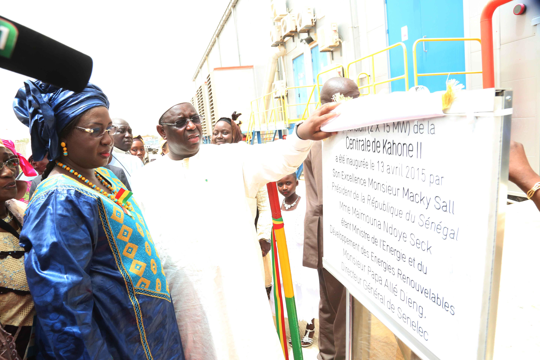 Macky Sall inaugure la centrale électrique de Kahone et annonce ses ambitions pour le secteur