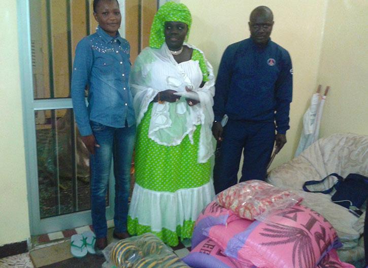 JOURNÉE NATIONALE DU TALIBÉ : l'Action sociale et l'AEMO reçoivent des dons du député Aminata GUEYE.