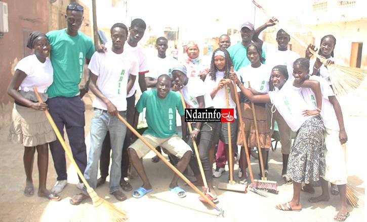 ACTIONS CITOYENNES: l'ADLL reboise et nettoie le quartier de LÉONA.