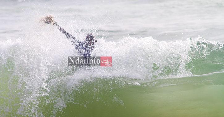 NOYADE À L'HYDROBASE DE SAINT-LOUIS: un jeune de LÉONA emporté par les vagues, hier soir.