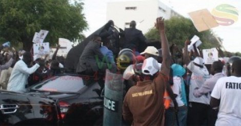 Caillassage du cortège présidentiel : Les étudiants arrêtés déférés au parquet