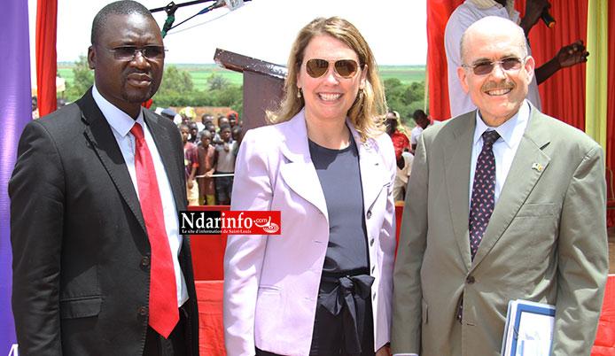 Pape Modou NDIAYE (Dg MCA), Dyna HYDE (Dg MCC), et James P. ZUMWALT, l'Ambassadeur des Usa au Sénégal.