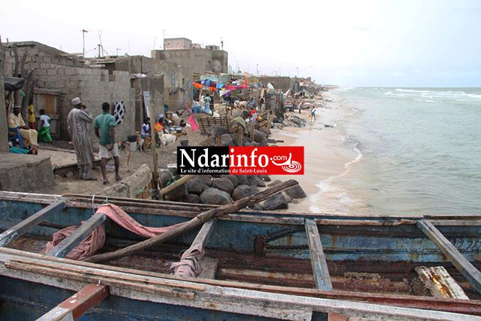 (ALERTE) La Mer charge Guet-Ndar. Plusieurs maisons détruites. Des vies en danger. Regardez !