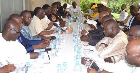 Réunion entre le Président et des DG de sociétés et d'agences : Malaise chez les ministres
