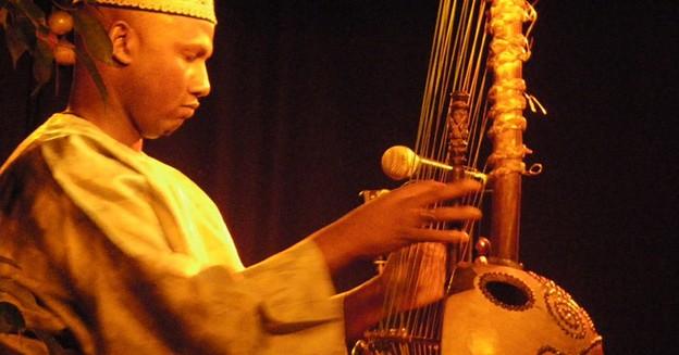 """Le """"koriste"""" sénégalais Ablaye Cissoko à la 16e édition du Festival de jazz de Tanger"""