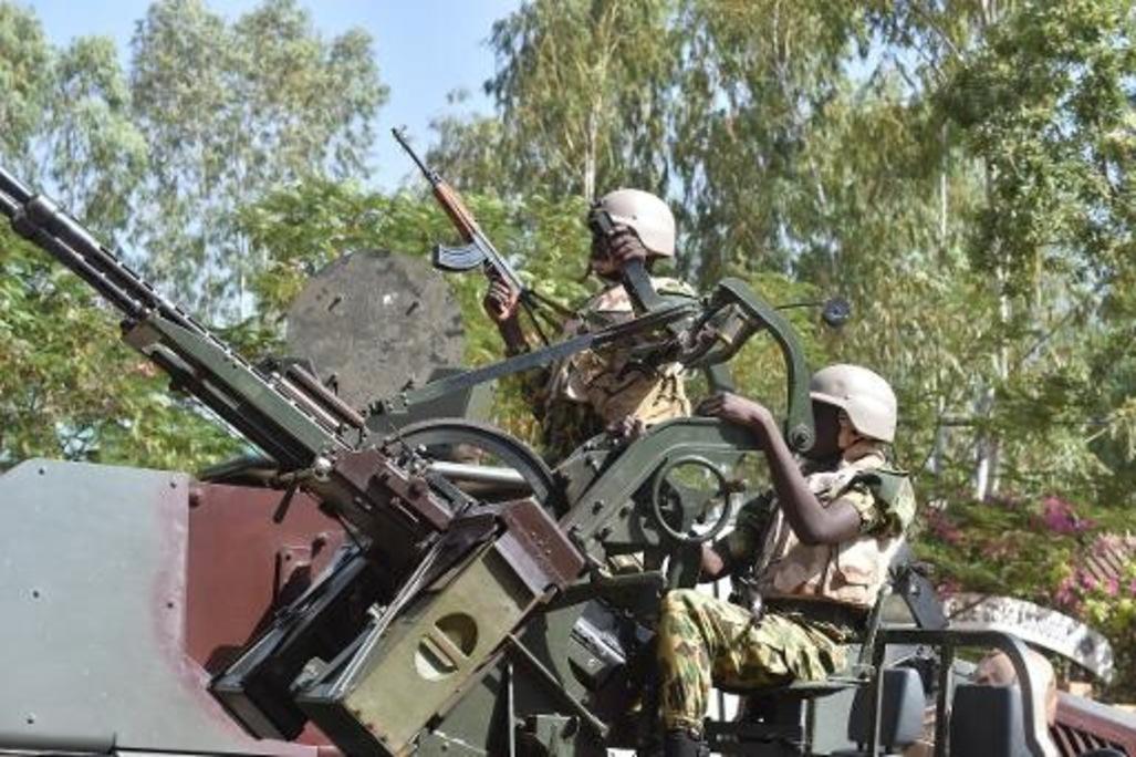 Burkina Faso : des unités de l'armée en province font route vers la capitale (état-major)