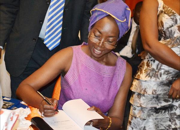 Hommage à Mariama NDOYE. Par son amie Rahmatou SECK Romancière