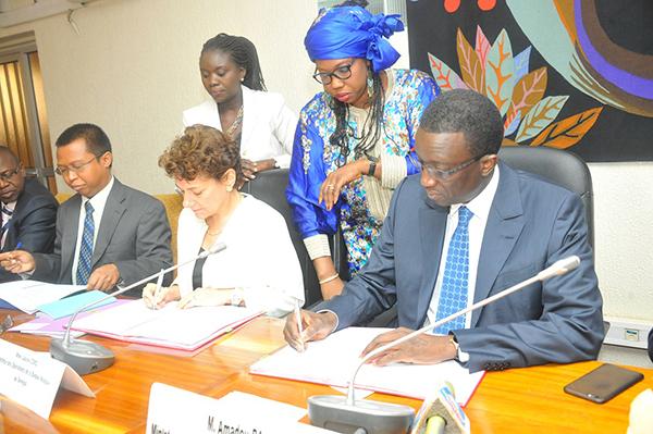 TRANSPORT ET MOBILITE URBAINE :  55 millions de dollars de la BM pour ouvrir un second corridor entre Dakar et Saint-Louis.