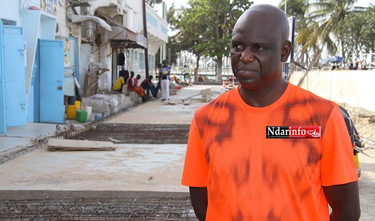 Le maire Mansiour FAYE, lors de sa visiste de chantiers. Crédit photo: Ndarinfo.com