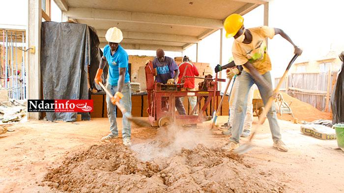 De jeunes ouviers en action. Crédit Photo: Ndarinfo.com