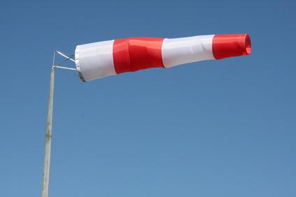 """Un """"vent fort"""" et une """"houle dangereuse"""" sur la côte, entre Dakar et Saint-Louis."""
