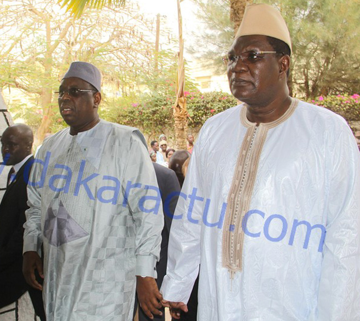 C'est officiel. Ousmane Ngom rejoint Macky Sall: «l'appel de la patrie, nous devons obligatoirement y répondre» C'est officiel.