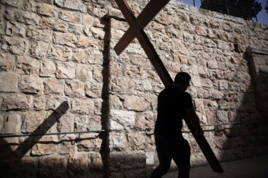Jérusalem: des chrétiens du monde entier célèbrent le vendredi saint