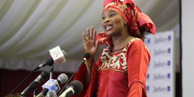 Aïssata Tall Sall annonce sa candidature à la présidentielle de 2019