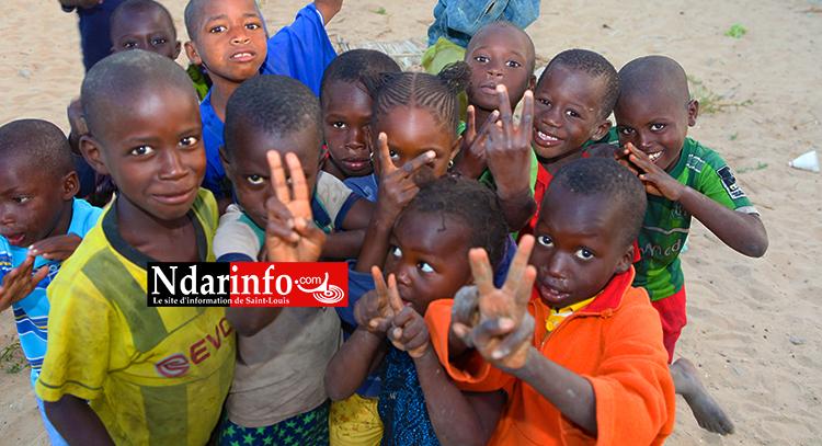 Enfans et talibés à Pkine 700. Crédit Photo: NdarInfo.com