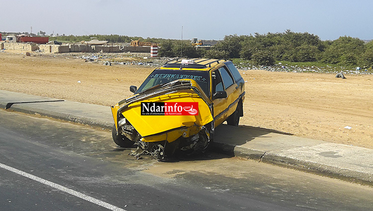 SAINT-LOUIS - TRAGÉDIE SUR «  L'AXE DE LA MORT » : un taxi à moitié broyé.