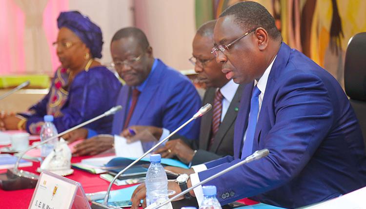 Les nominations et le communiqué du Conseil des Ministres de ce mercredi 13 juillet 2016.