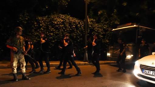 Coup d'État en Turquie: une violente explosion entendue