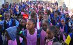 Saint-Louis – Colère à  Sidy NDIAYE : les élèves marchent contre la fermeture de leur l'école. Regardez !
