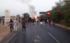 Urgent- UGB : reprise du front. Les étudiants bloquent la RN2