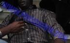 Dernière minute: Le Jeune Pape Mbaye torturé, le bras droit fracturé. Le constitutionnaliste Ameth ndiaye blessé, des bus et voitures de l'administrations saccagés