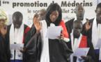 L'UGB a fêté sa première promotion de médecine (vidéo)