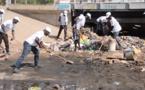 NETTOIEMENT DES BERGES : l'OMVS accompagne le Conseil de quartier de NDAR TOUTE (vidéo)