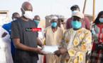 Covid-19/DIOUGOP : Mansour FAYE distribue des masques et sensibilise les sinistrés (vidéo)