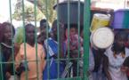 Pénurie d'eau à NDAR : l'ISRA prise d'assaut par une population assoiffée |VIDEO|