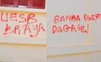 Saint-Louis - Des tags signés ''UESB BRAYA'', ''Bamba Dièye dégage'' sur les murs de la Commune : Une plainte sera déposée auprès du Procureur.