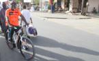 (Vidéo) Quand Mansour FAYE parcourt la ville, « en vélo »
