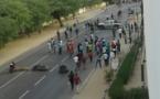 URGENT - UGB: les étudiants barrent la route nationale, ce matin.
