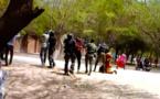 VIDÉO – UGB : des gendarmes tabassent des étudiants. Regardez !