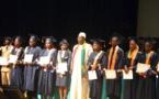 Concours général : La Diaspora sénégalaise offre 350.000 à Demba DIOP, élève au lycée Peytavin.