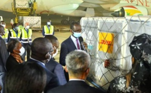 Achat ou don : « Le Sénégal a reçu gratuitement 200.000 doses de vaccins chinois », assure un média français