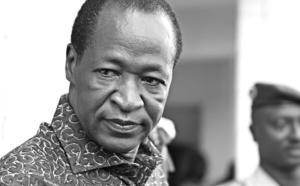 BURKINA FASO: Blaise Compaoré tombe. L'armée prend le pouvoir.