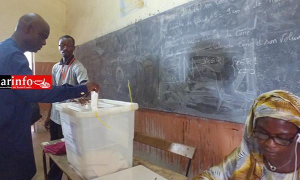 DIRECT - La déclaration de Mansour FAYE après son vote ( vidéo )