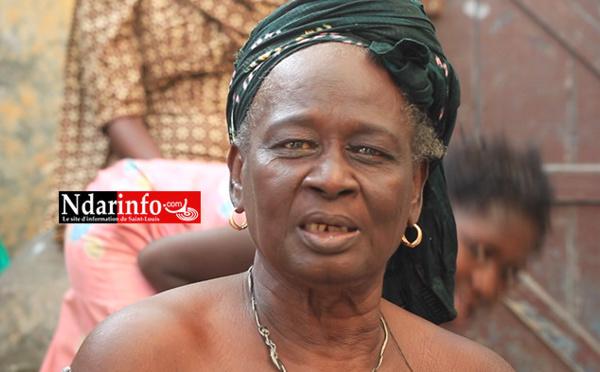 Furie des vagues sur la Langue de Barbarie : le triste témoignage de cette vieille dame (vidéo)