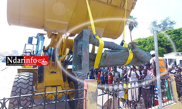 La statue de Faidherbe transférée (vidéo)