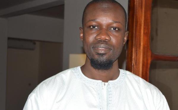 """Ousmane Sonko : """"j'ai demandé à mes avocats de servir, dès lundi, une sommation interpellative à Bouba Ndour et à l'énergumène beige-marron au nom de Birima"""""""
