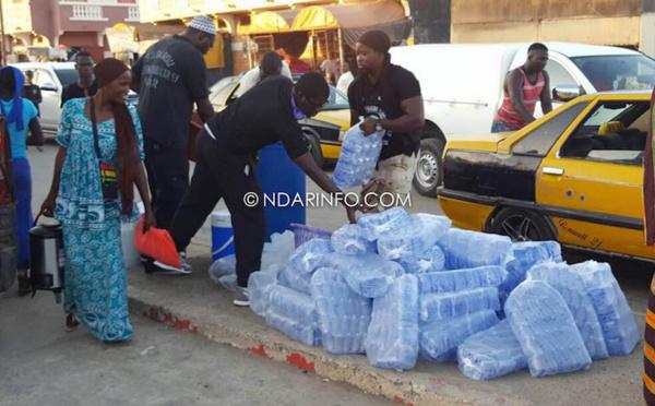 MAGAL DE TOUBA : À Saint-Louis, les « Tidjanes » offrent des rafraichissements à leurs frères « mourides » (photos)